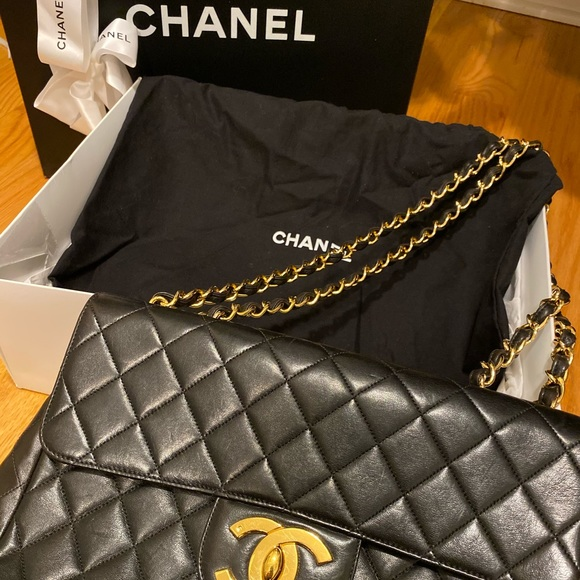 CHANEL Handbags - Chanel vintage bag